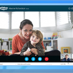 Майкрософт проводит слияние Skype и Outlook в нескольких старнах