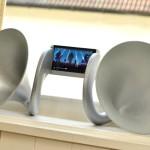 Повилась в продаже акустика без электронных компонентов для смартфона HTC