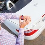 Mercedes-Benz интегрирует умные часы с электроникой автомобиля