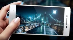 Представлен новый китайский смартфон среднего класса Oppo R1