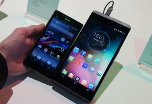 CES 2014: представлен гигантский смартфон с диагональю экрана 6.8 дюйма