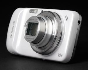 В Сети появилась неофициальная информация о смартфоне Samsung Galaxy K Zoom (S5 zoom)