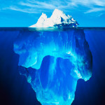 Гигантский айсберг откололся от Антарктики и дрейфует по океану