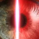 Samsung будет интегрировать сканеры сетчатки глаза в недорогие смартфоны