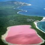 Хиллер — самое загадочное розовое озеро в мире