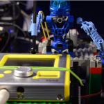 Роботы из Lego исполняют композицию Depeche Mode