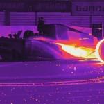 Видео дня: дрифт болида «Формулы-1» в инфракрасном спектре