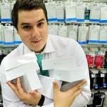 В России продано около 100 000 новых iPhone за три дня
