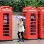 Знаменитые телефонные будки Лондона зеленеют, превращаясь в зарядные станции для гаджетов