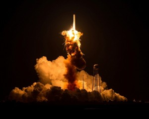antares-rocket-explosion-orb3-nasa-photo-3