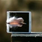 Планшет iPad Mini 3 проверили на прочность и расстреляли из крупнокалиберной снайперской винтовки Ba...