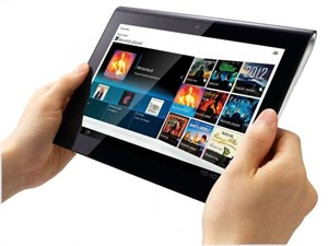 sm.sony-tablets1-hands2-lg.600_300x225