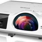 Epson выпустила 5 короткофокусных проекторов ценой от $849