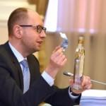 Яценюк в Брюсселе посетит штаб-квартиру НАТО для возобновления интеграции