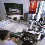 Tesla откроет первую в мире станцию быстрой замены аккумуляторов
