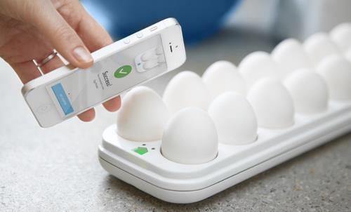 Есть смартфон, будет и яичница (источник Quirky)