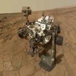 Марсоход Curiosity продолжает работу