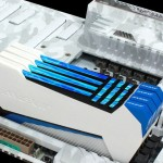 Avexir RAIDEN: модули DDR3-памяти со светящимися «плазменными трубками»