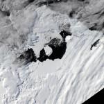 Спутниковая съемка: как формируется айсберг