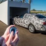 Новый BMW 7-Series может заезжать в гараж без водителя