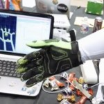 Перчатка Hands Omni с обратной связью расширяет грань виртуальной реальности