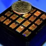Компания IBM представила первый интегрированный кремний-фотонный чип