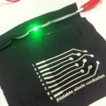 Японцы создали чернила, позволяющие печатать эластичные электронные схемы на ткани одежды