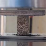 Создана металлическая пена, способная блокировать рентген, гамма-лучи и нейтронную радиацию